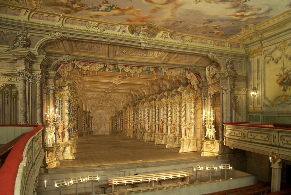 Historická divadla v mobilní aplikaci