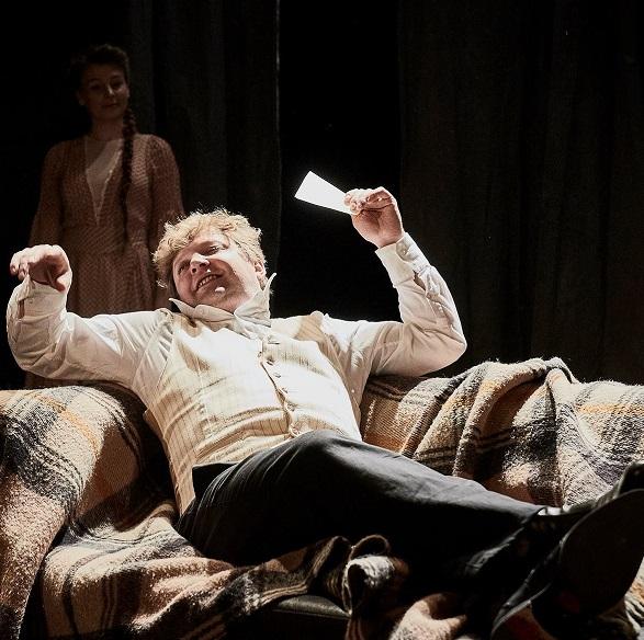 Divadlo v Dlouhé uvádí novou dramatizaci Oblomova