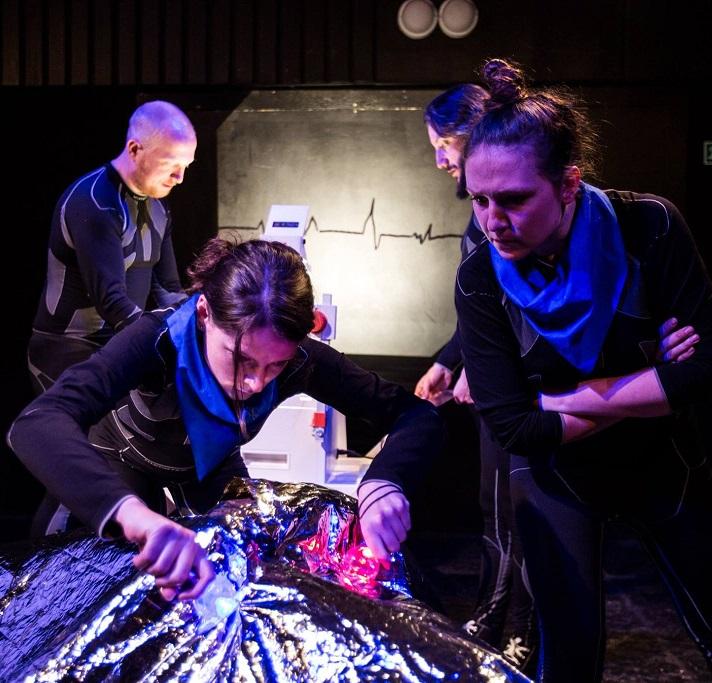 Brněnský Buranteatr uvedl premiéru hry Univerzální sci-fi