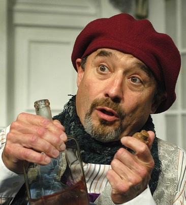 Viktor Preiss se rozloučil s dvojrolí v komedii Brouk v hlavě
