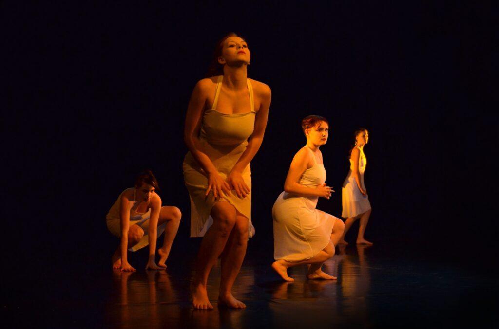 Činoherní klub uvádí: Taneční a pohybové studio Magdaléna z Rychnova u Jablonce nad Nisou