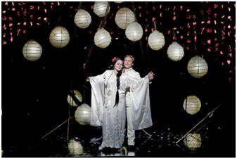 Pestrobarevná Madama Butterfly od oscarového režiséra vylétne z Met s Kristine Opolais v hlavní roli