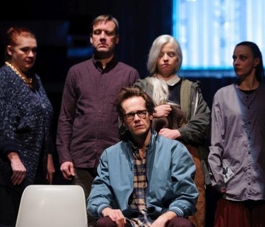 Nová scéna Národního divadla uvede hru Caryl Churchillové Láska a informace