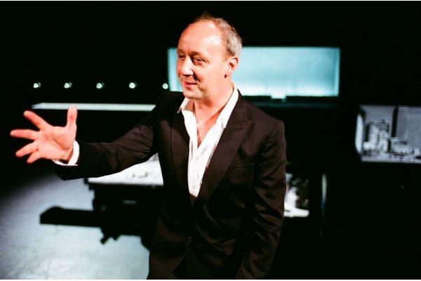 V Divadle Archa bude hostovat Pieter De Buysser