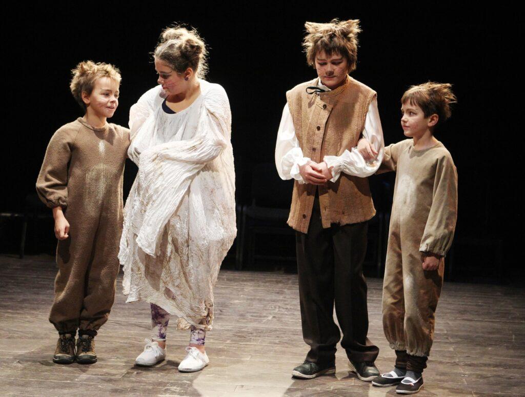 Na Malé scéně Východočeského divadla budou hrát děti dětem