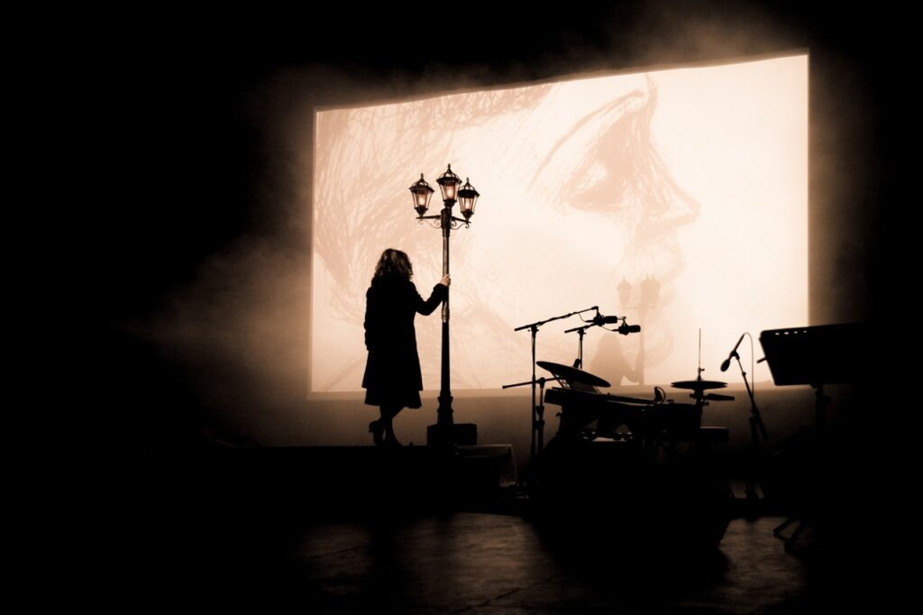 Královna šansonu Edith Piaf ožije v listopadu v Brně a Praze v představení Edith the Show!