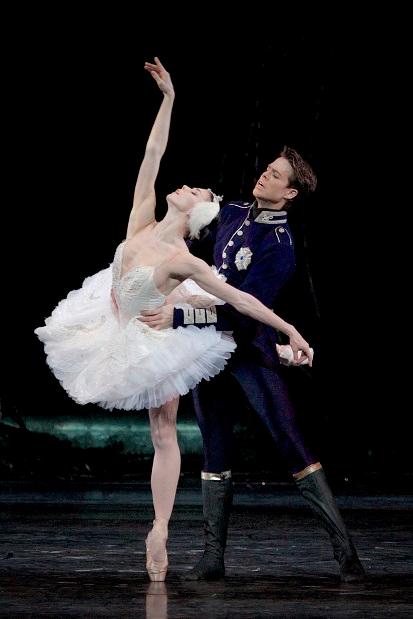 Královský balet v Londýně předvede nejromantičtější z baletů, magické Labutí jezero