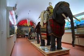 Zloděj vykradl muzeum amatérského divadla v Miletíně na Jičínsku