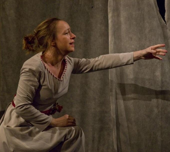 Božena Němcová v podání Tatiany Vilhelmové ve Viole oslovuje diváky všech generací