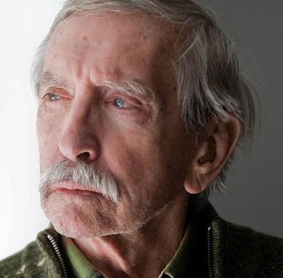 Zemřel Edward Albee, autor hry Kdo se bojí Virginie Woolfové?