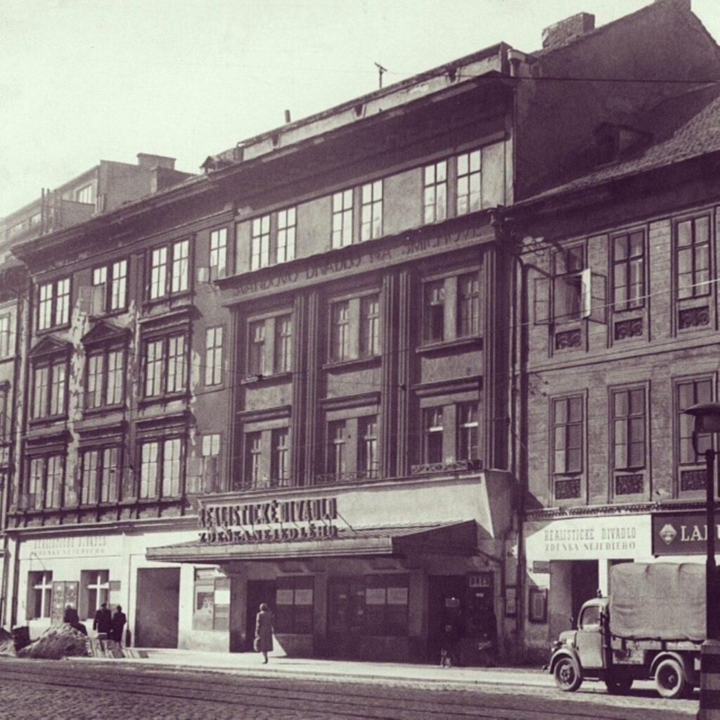 Švandovo divadlo má v říjnu narozeniny, oslaví už 135 let