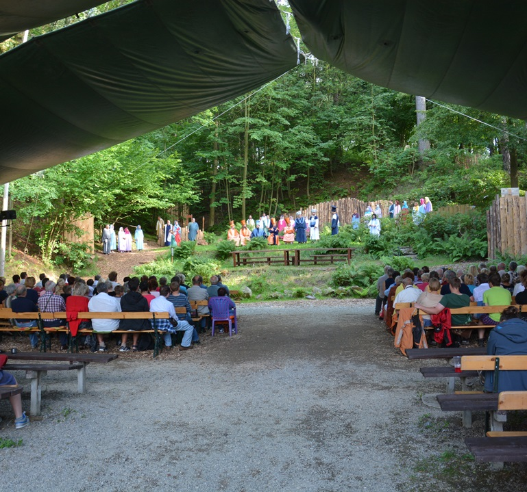 Hořice na Šumavě v sobotu oslaví 200 let svých pašijových her