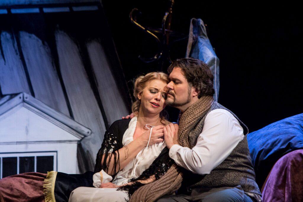 Moravské divadlo uvede v pátek premiéru Pucciniho Bohémy