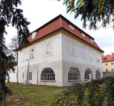 Werichova vila na Kampě by měla být opravená do konce roku