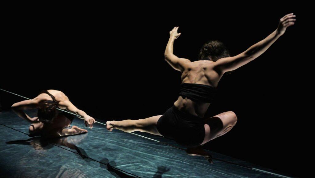 Mezinárodní festival nového cirkusu Cirkopolis ovládne za týden Palác Akropolis a PONEC – divadlo pro tanec