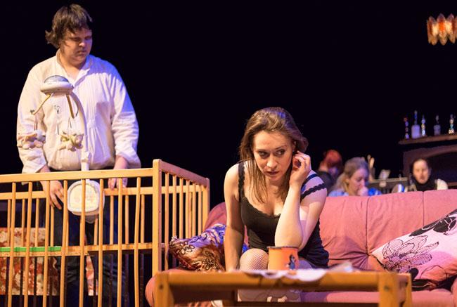 Divadlo Alfa v Plzni uvádí Gazdinu robu v současné úpravě