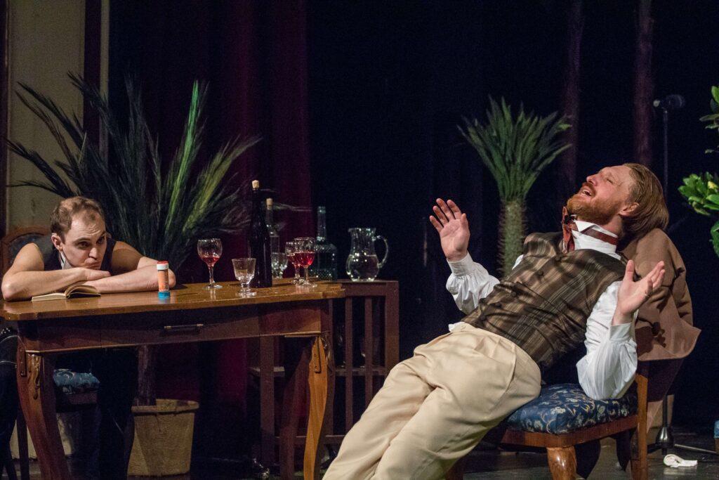 Nová inscenace Moravského divadla přiblíží vztah prokletých básníků Verlaina a Rimbauda