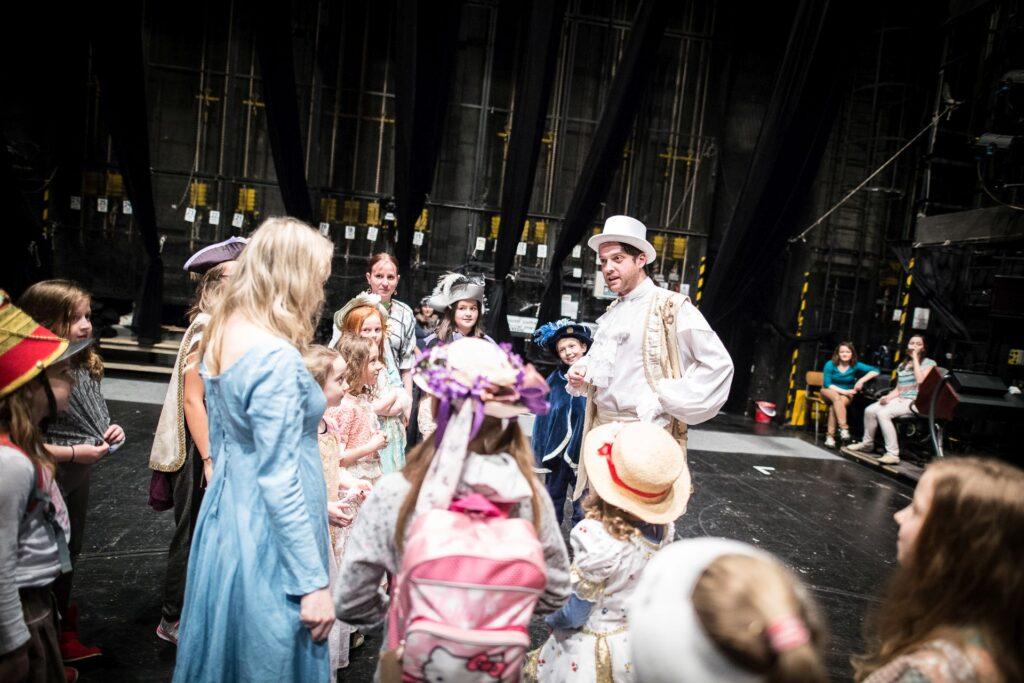 Pohádková Noc s Andersenem v Národním divadle moravskoslezském