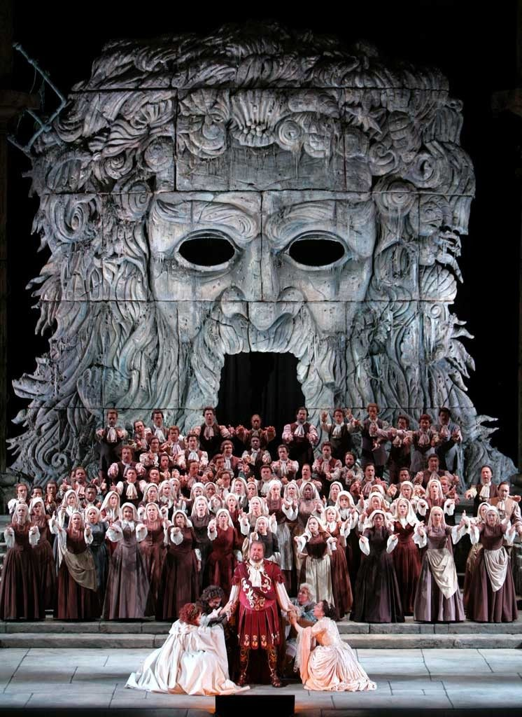 Uhrančivá kurtizána Jončeva v La traviatě a Levineho nejmilejší Mozart v březnových přenosech z Met