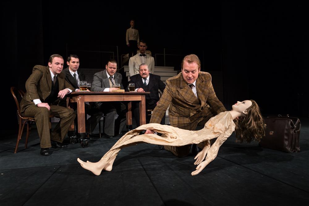 Divadlo Antonína Dvořáka v Příbrami uvede dramatizaci díla Bohumila Hrabala Obsluhoval jsem anglického krále