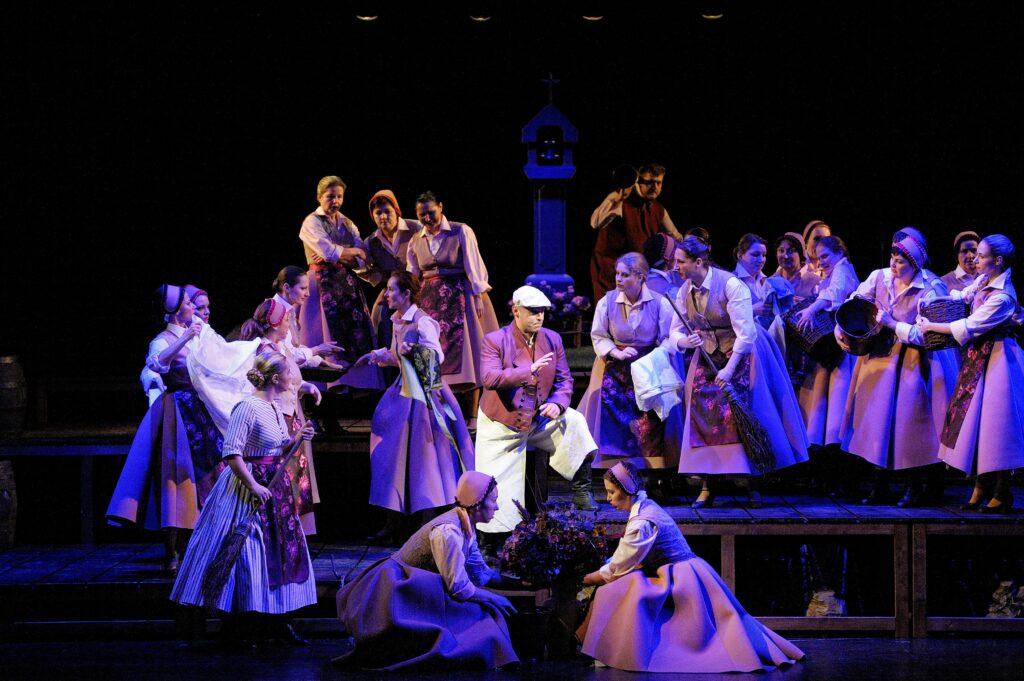 Smetanův operní skvost Tajemství v Národním divadle moravskoslezském