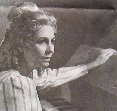 Zemřela sopranistka Eva Valentová