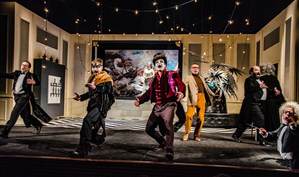 Klicperovo divadlo uvede operetu Netopýr v úpravě Davida Drábka