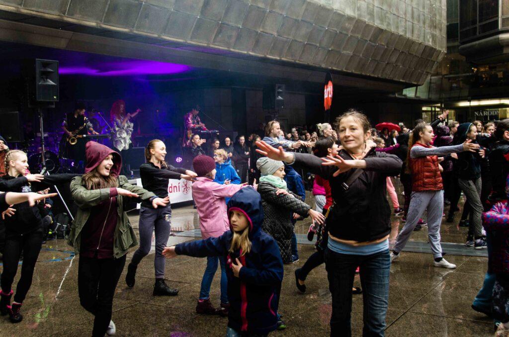 V sobotu 29. dubna se slavil Mezinárodní den tance
