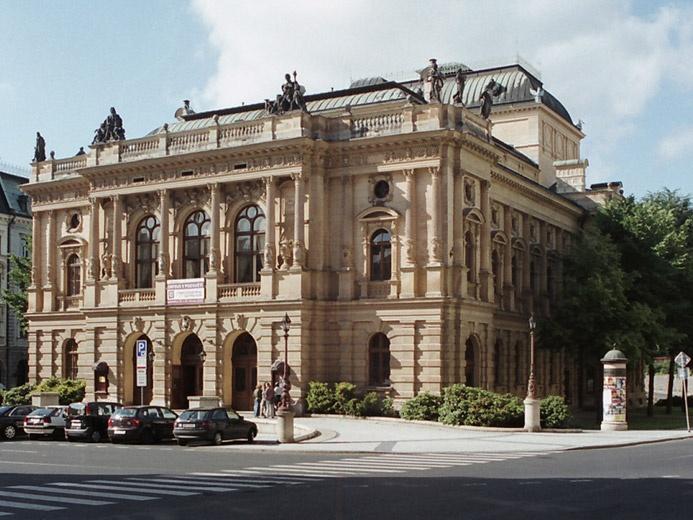 Liberec bude zjišťovat, v jak špatném stavu je budova divadla