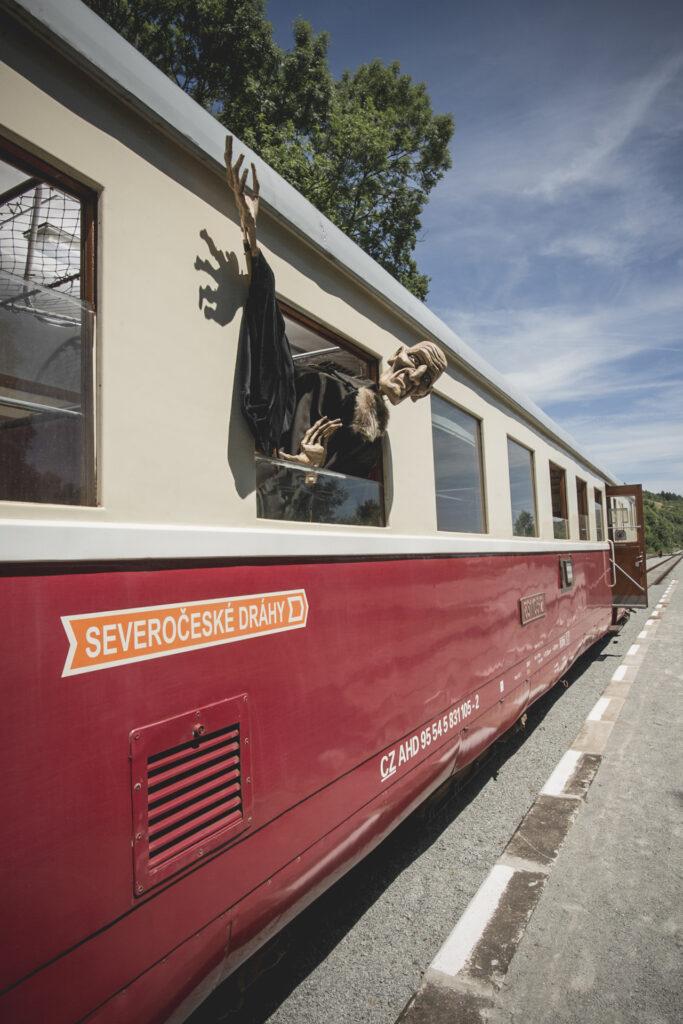 Divadelní vlak Kredenc vyjíždí