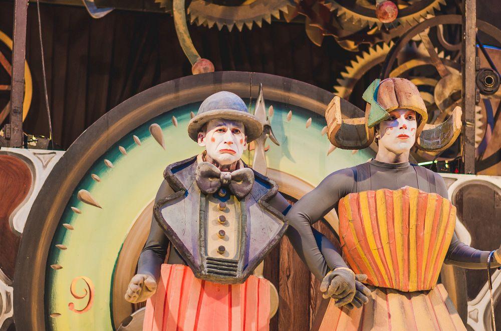 Klauniáda a nový cirkus opět v Praze v rámci divadelního festivalu Za dveřmi!