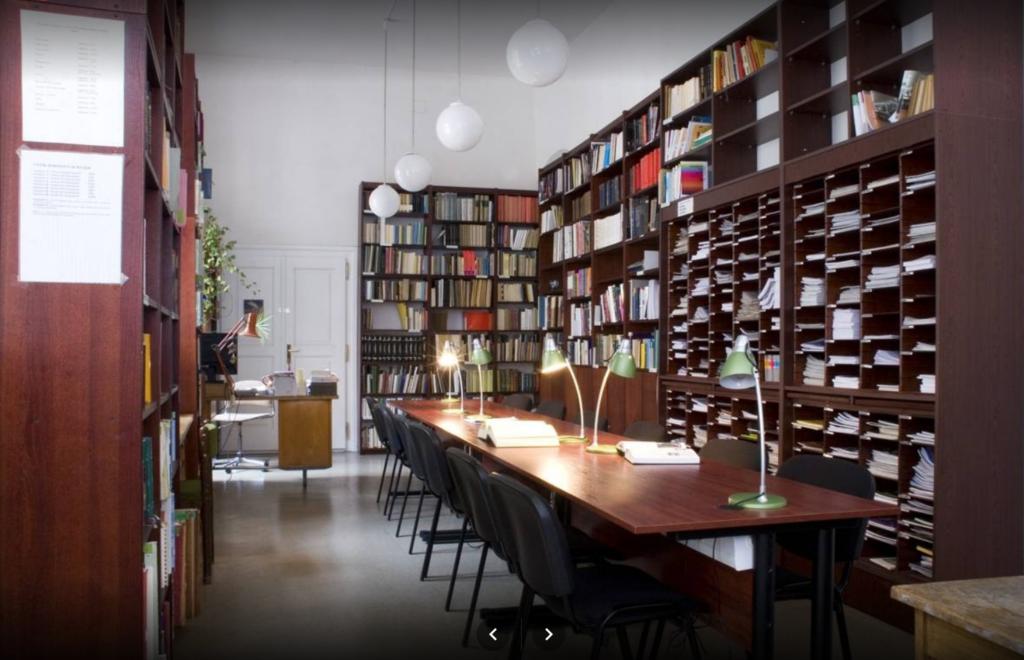 Plné texty dokumentů přímo v katalogu knihovny Divadelního ústavu