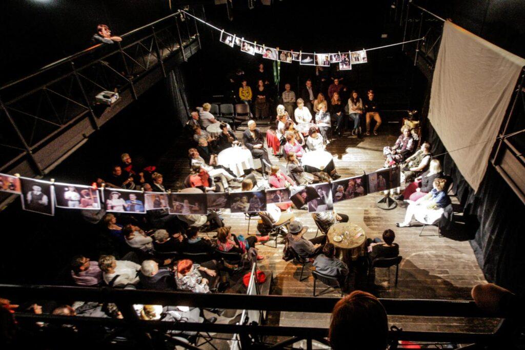 Pardubičtí herci naposledy vystoupí před diváky Bez nápovědy