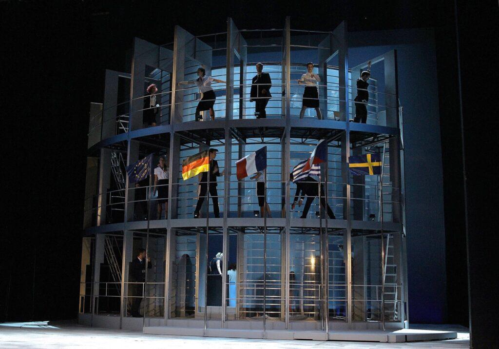 Národní divadlo úspěšně zakončuje 134. divadelní sezonu