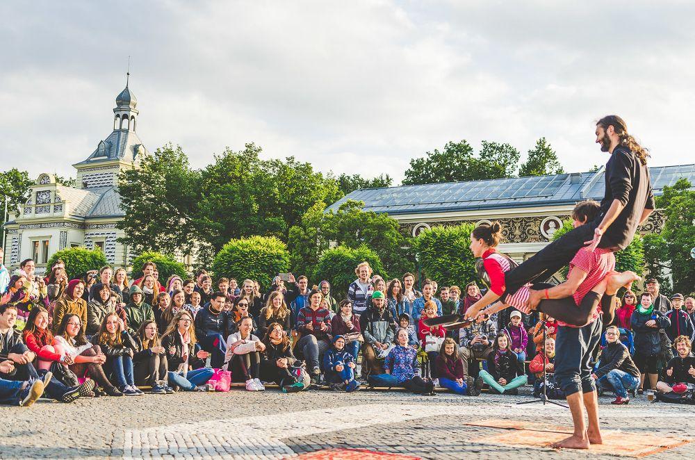 Praha ožívá už podeváté pouličním divadlem