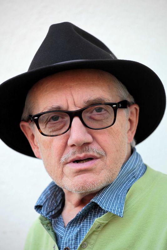 Zemřel přední český scénograf Petr Matásek
