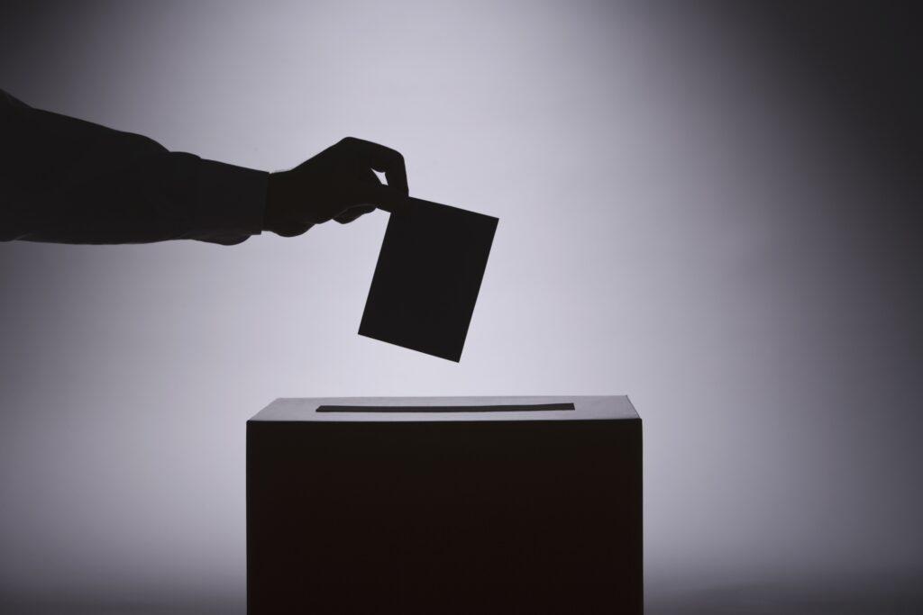 Umělecké profesní organizace kladou otázky kandidujícím stranám