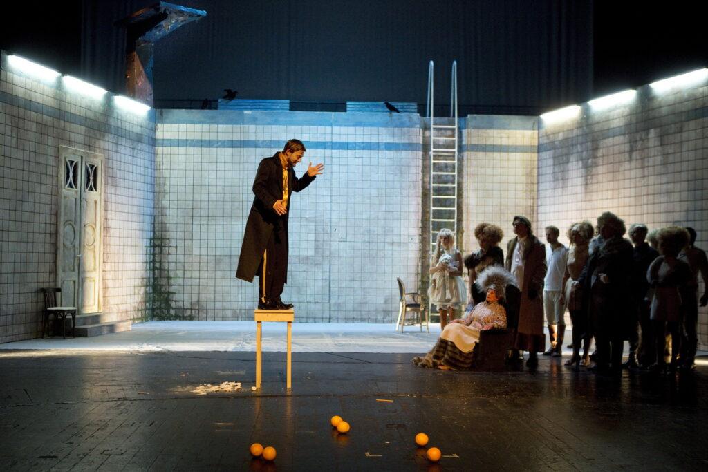 První premiérou bude ve Zlíně Dostojevského Idiot