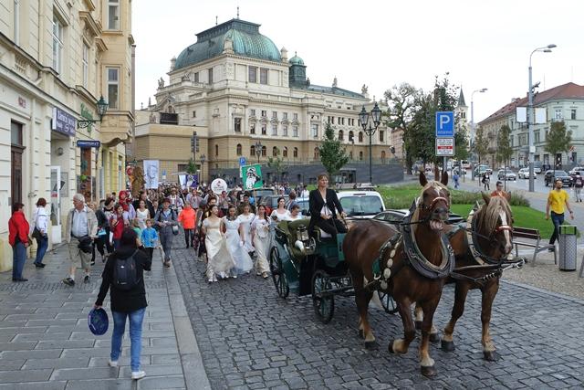 Průvod Vendelín zahájil počtvrté novou kulturní sezonu v Plzni