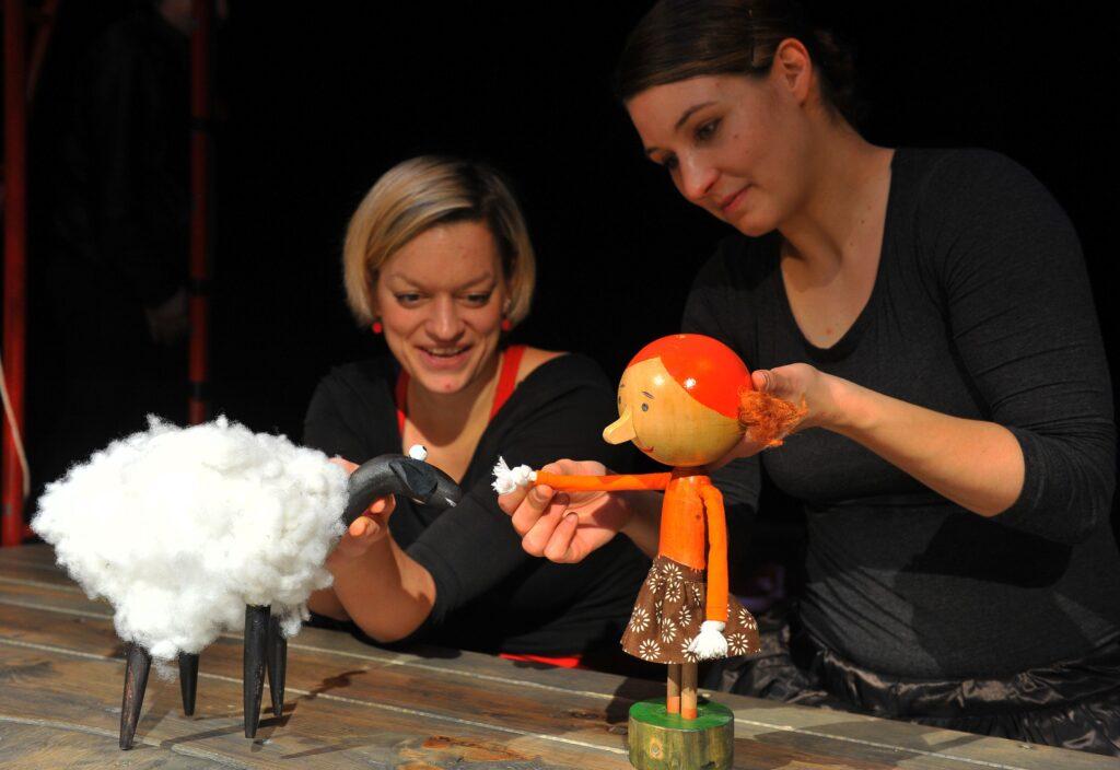 Naivní divadlo Liberec ve finských Helsinkách opět nadchlo
