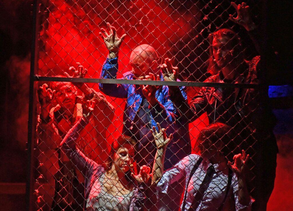 Sezónu v Městském divadle Lublaň zahájil muzikál Rent v režii Stanislava Moši