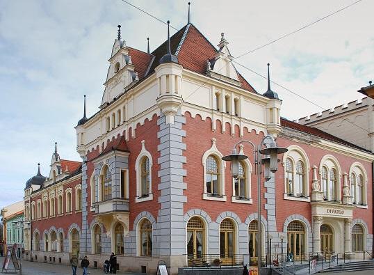 Divadlo v Šumperku je po rekonstrukci, chystá sedm premiér