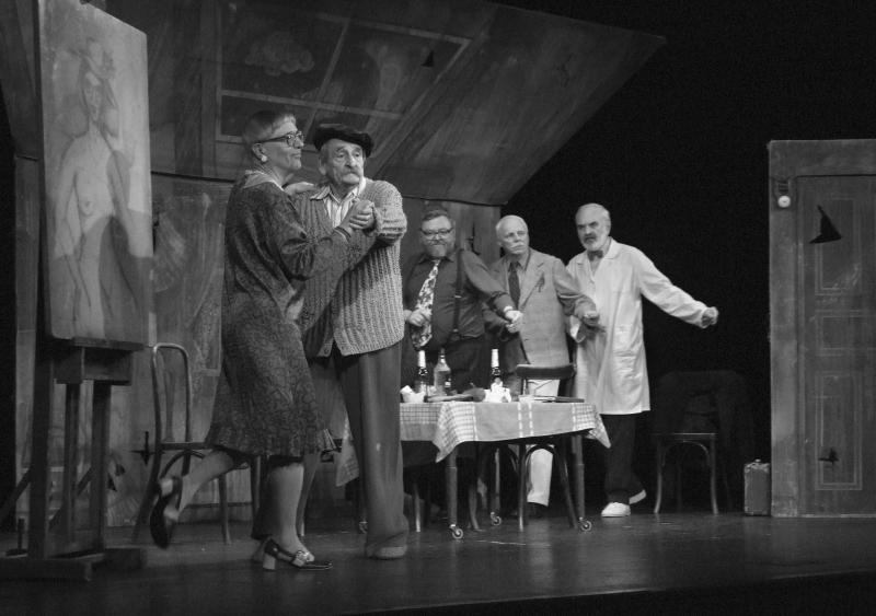 Před padesáti lety byla uvedena první inscenace DivadlaJáryCimrmana