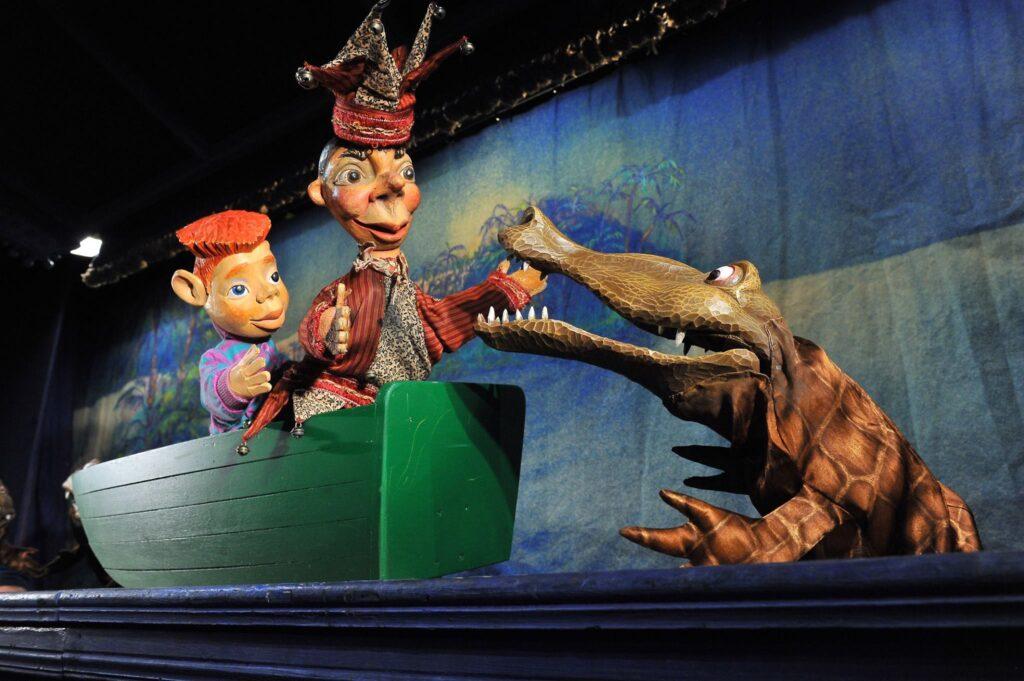 Plzeňské Divadlo Alfa uvedlo maňáskovou grotesku Kašpárek a mumie
