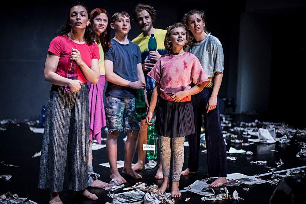 Disastrous: Apokalypsa očima dětských tanečníků