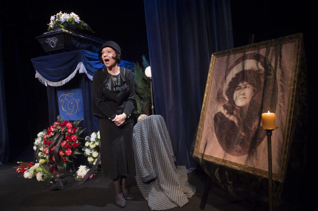 Východočeské divadlo uvede premiéru hry Commedia finita
