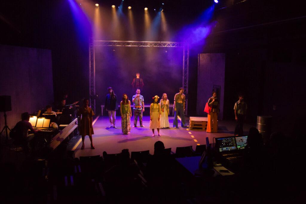 Nová muzikálová produkce studentů JAMU zavede do legendárního Woodstocku