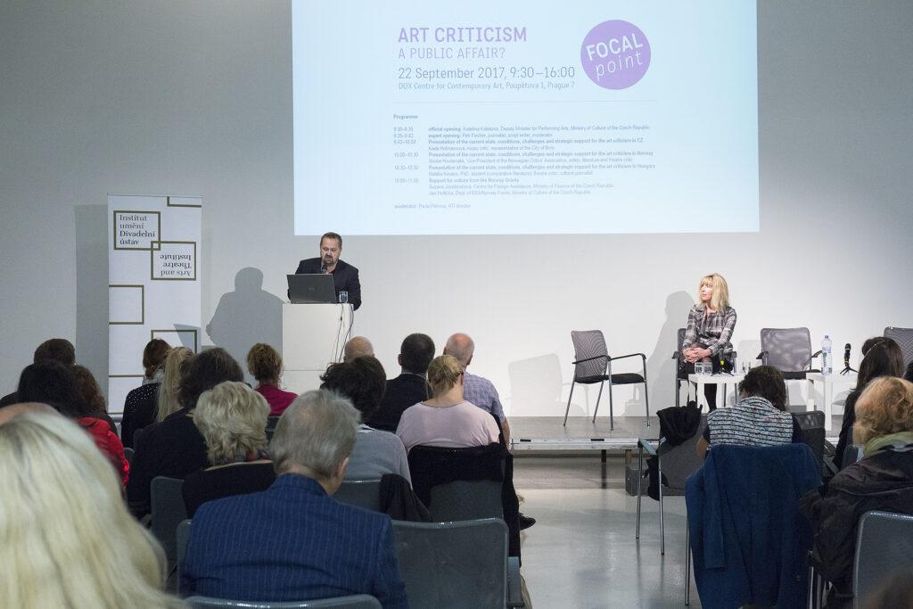 Střed zájmu: Umělecká kritika, věc veřejná? Zpráva o mezinárodní konferenci