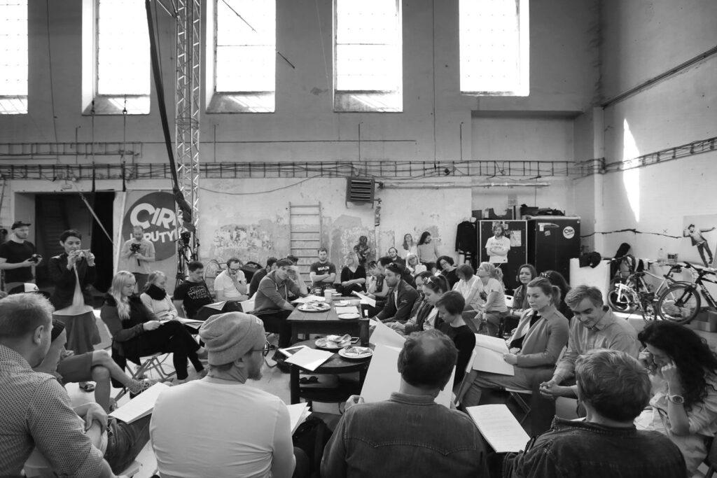 Jatka78 uvedou společný projekt Cirku La Putyka a Dejvického divadla