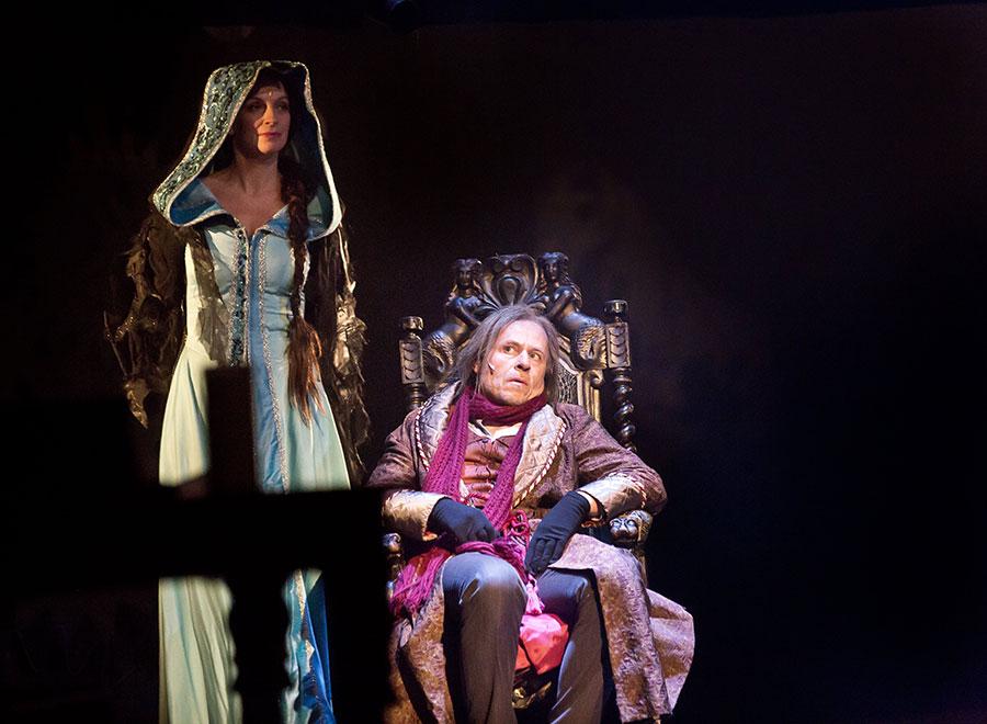 Pražská divadla nabízejí vánočně laděné projekty